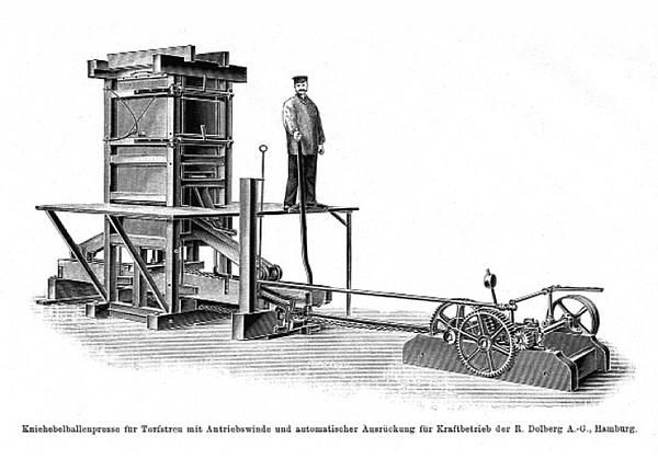 Kniehebelpresse zur Herstellung von Torfballen (um 1910)
