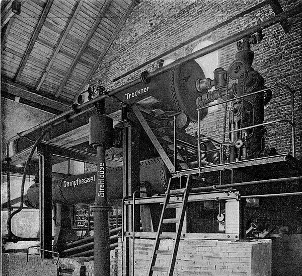 Dampfkessel für Dampfturbinenversorgung in Kraftzentrale mit Torffeuerung, mit Hochdruckvorstufe (Strahldüse)  zur Torftrocknung  und Dampfrückführung (MAN 1908)