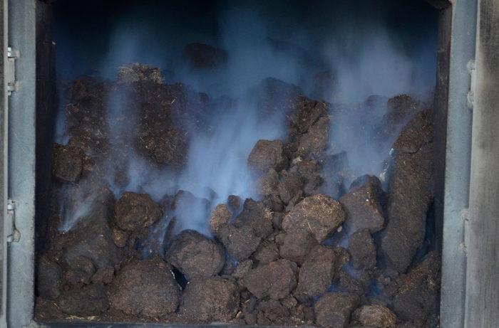 Torföfen bei der Whisky-Herstellung